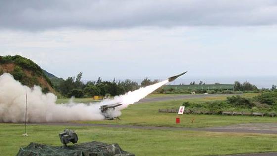 台军举行多型导弹操演 均命中目标