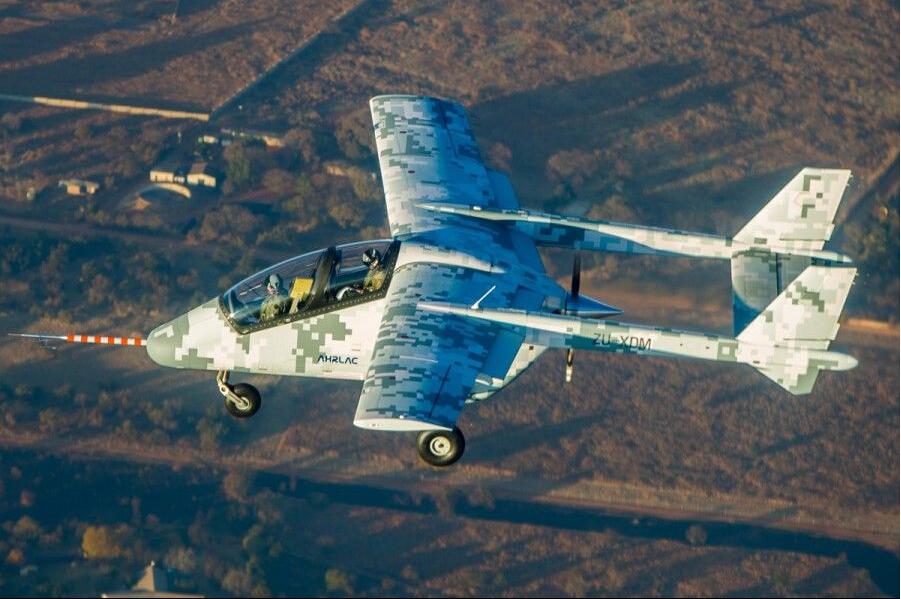 第一款非洲自产固定翼军机首飞