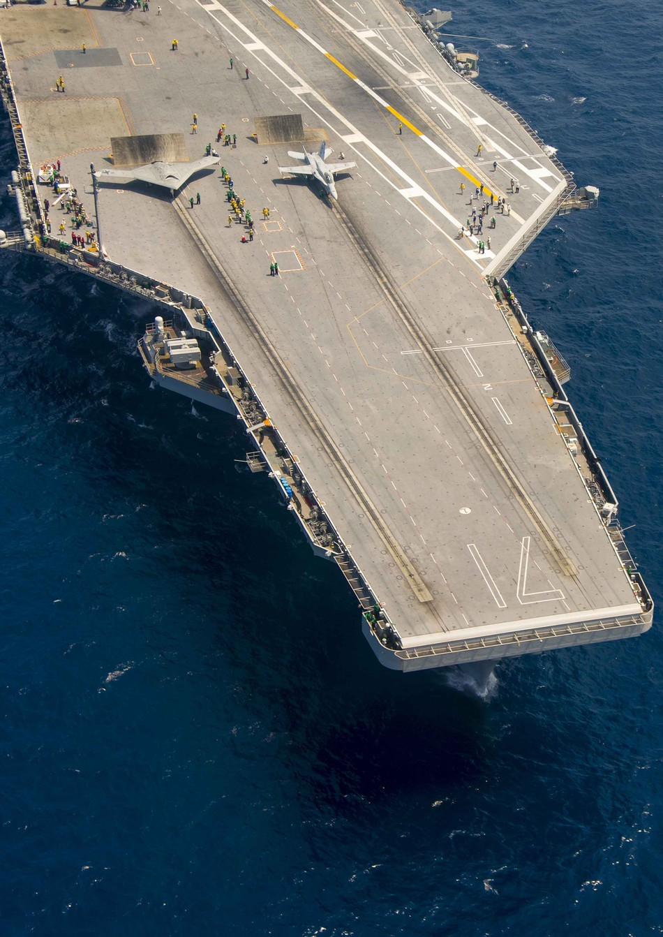 X-47B无人机空中加油
