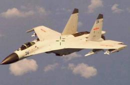 歼-11B东海拦截美侦察机画面