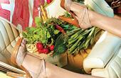 外媒推荐10种每日必备瘦身食品