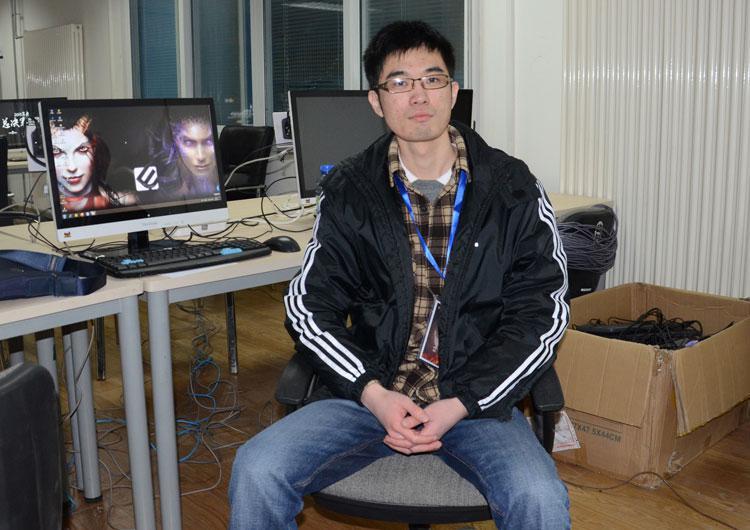 专访《炉石传说》选手蓝毛:吊打国外选手不是梦