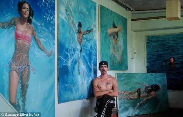 艺术家手绘游泳者逼真似实景