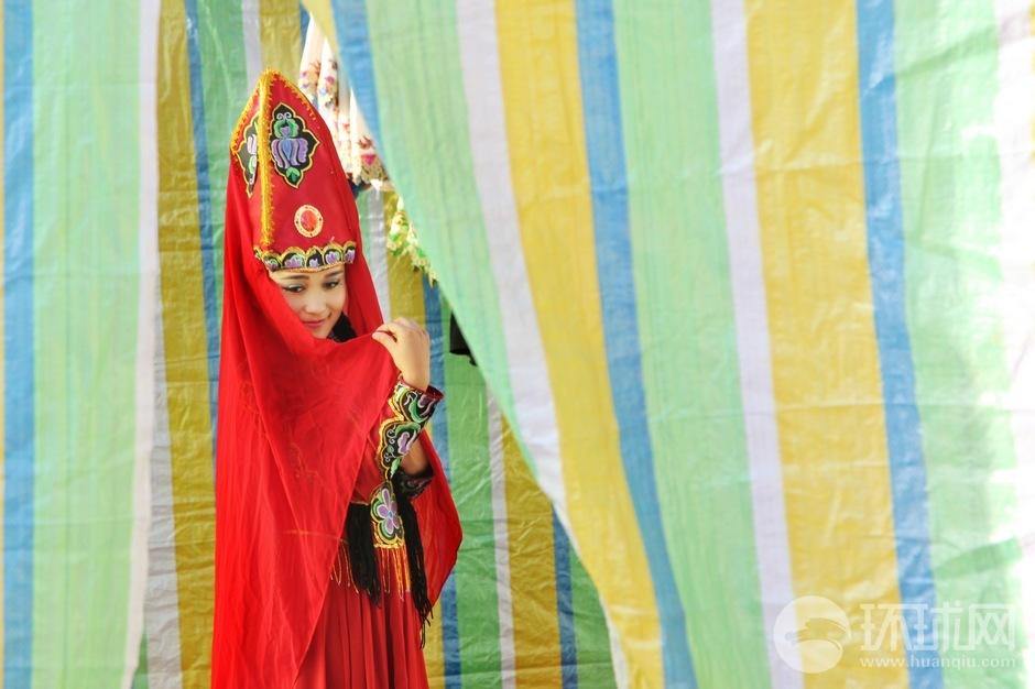 吐鲁番葡萄节鄯善分会场开幕