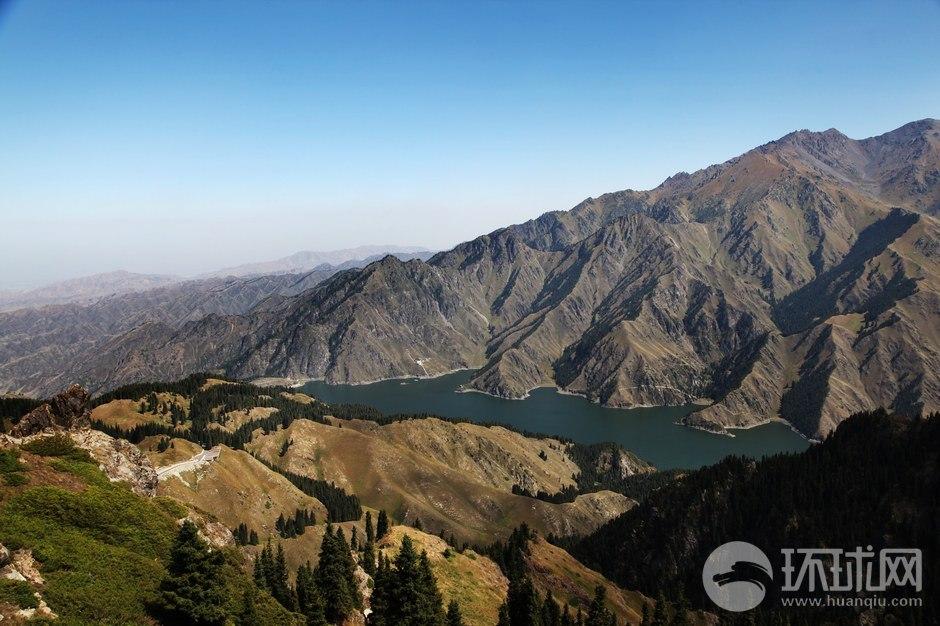 全国旅游网络媒体新疆行游天山天池马牙山索道