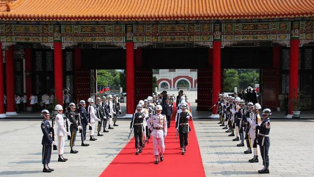 台湾迎回中国远征军缅甸阵亡将士英灵 入祀忠烈祠