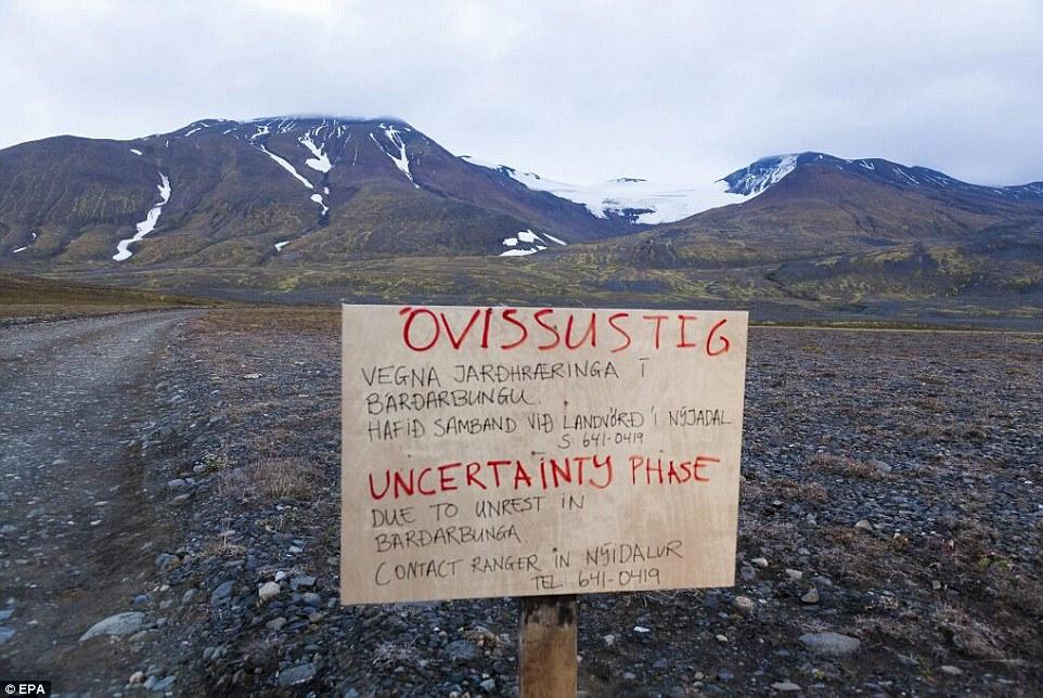 冰岛强制关闭领空 航空当局将警告等级提升至红色