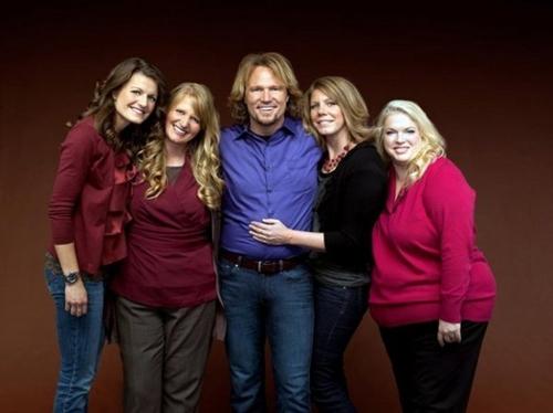 美犹他州1男子拥有4名妻子 联邦法官裁定不违法