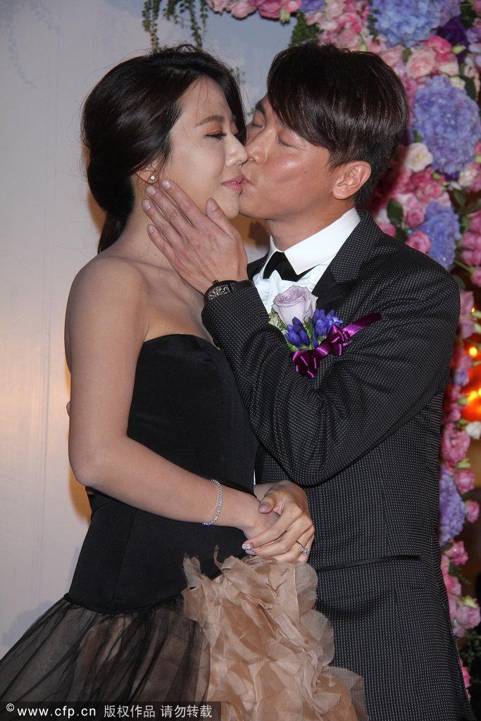 陶喆举办世纪浪漫婚礼 迎娶江佩蓉