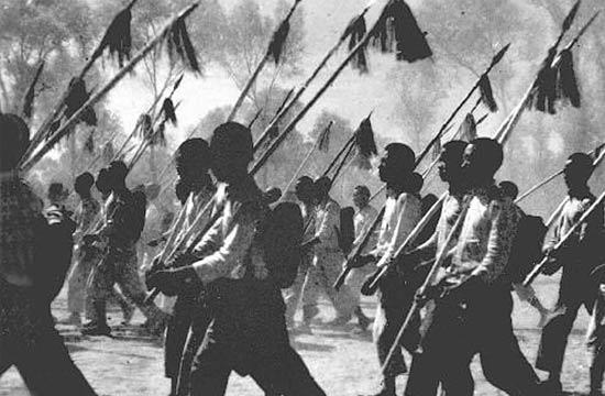回顾共产党抗日武装战史