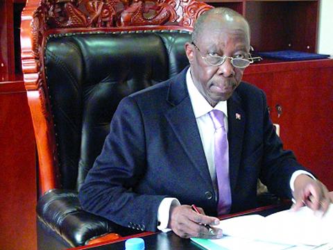 安哥拉大使:中安合作深化 引西方羡慕嫉妒