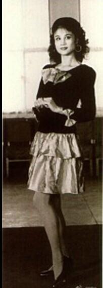 刘翔岳母旧照曝光 曾是模特队队长