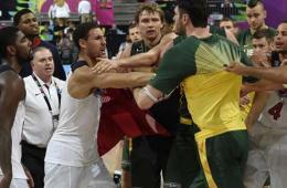 美国大胜立陶宛进决赛 赛后起冲突酿群殴