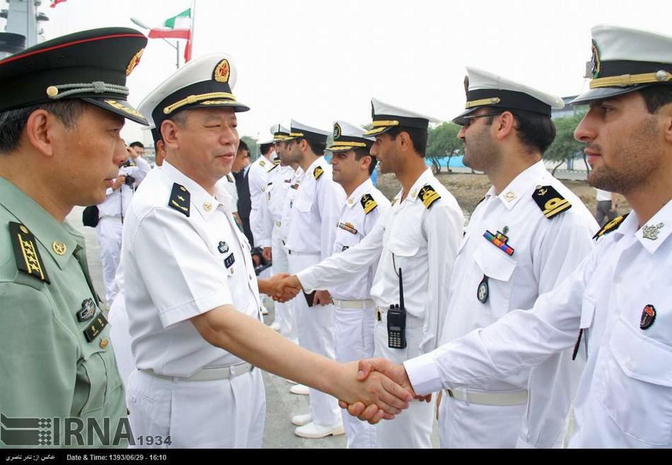 中国海军东海旗舰率队访问伊朗