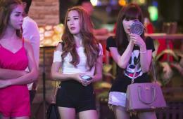 泰国扫黄:性工作者被罚10美元