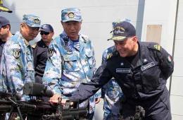 欧盟465编队指挥官访问中国海军第十八批护航编队