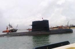 中国海军宋级潜艇现身斯里兰卡