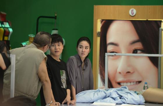 叶璇退出明星衣橱《女神的新衣》 微博屏蔽留言图片