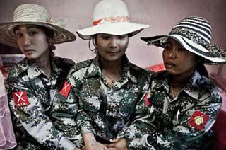 缅北女兵生活训练照曝光