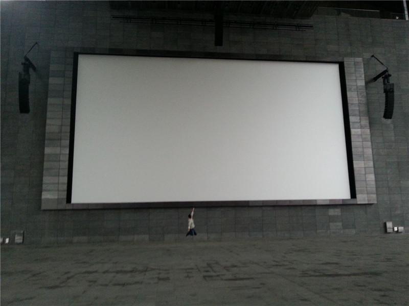 韩国最大的露天影院荧幕高清图片