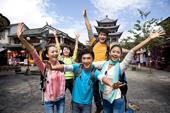 """中国游客应成为""""流动的风景"""""""