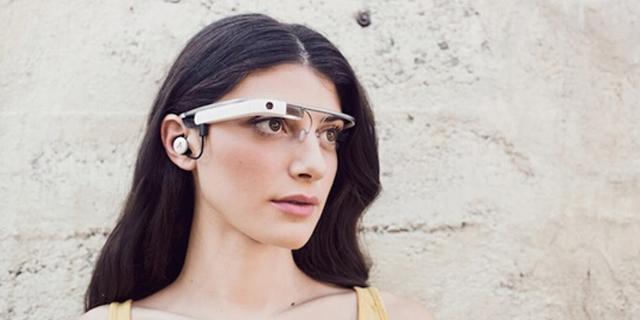 佩戴谷歌眼镜开车危险性堪比使用手机发短信