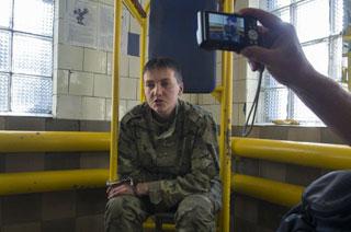 俄罗斯扣押乌克兰女战机飞行员