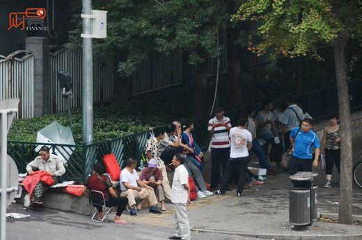 北京各大医院依旧难挂号 专家号被炒至1500元