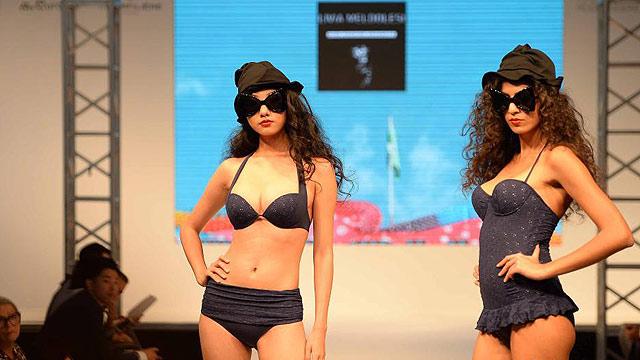 上海国际时尚内衣展 香艳模特内衣秀绝美身段