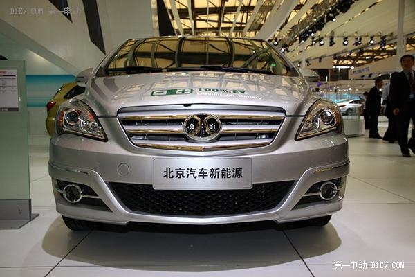 北京将增八千公共新能源车 五环内建成5公里半径快充网