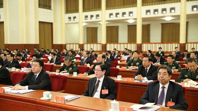 马建堂、王作安、毛万春递补为中央委员会委员