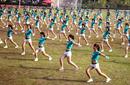 10月24日热点舆情:热裤广播操做秀还是健身?