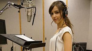 《合金装备5:幻痛》性感女主角配音开始