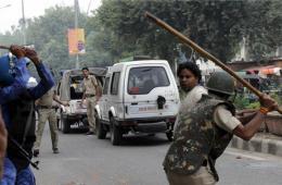 印度首都新德里现暴力冲突 至少33人被捕