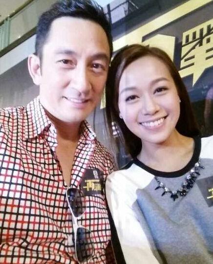 吴启华宣布离婚后带女外出 被曝与港姐有染