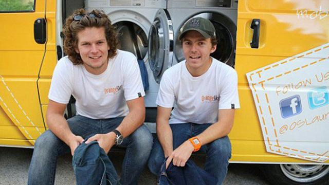 澳洲青年驾驶流动洗衣车 免费为流浪汉服务(图)