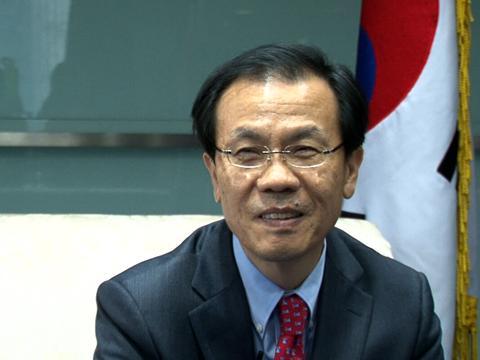 韩高官金熙范:韩中携手助力亚洲文化走向全球
