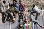 非洲非法移民惊悚瞬间