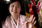 探寻朝鲜街头天然美少女