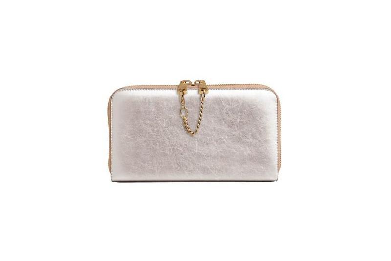 Chloe推圣诞节限量款包包 金银两色时尚有型