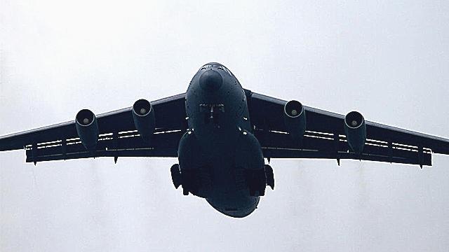 世界三大军用运输机巅峰对决 运20后来居上超俄