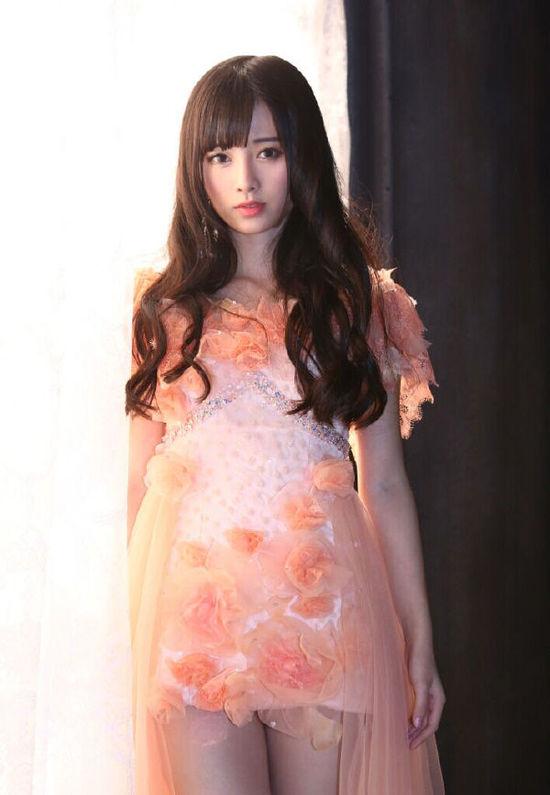 日本媒体以《中国4000年第一美女诞生》为标题