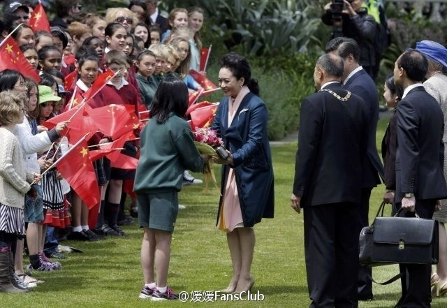 习近平和夫人彭丽媛对新西兰进行国事访问