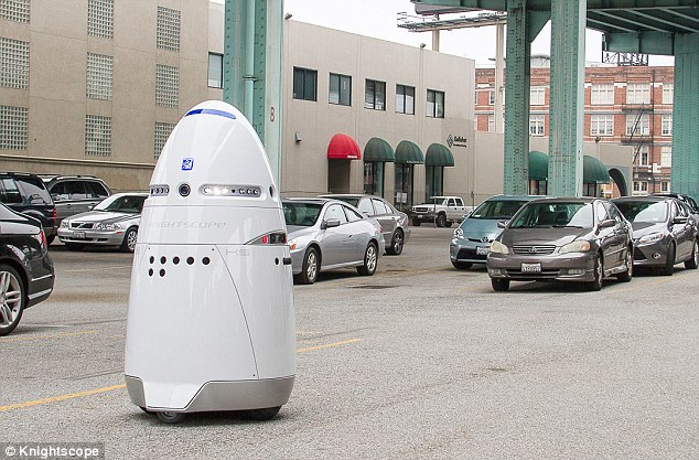 逆天的美国已经启用机器人巡逻