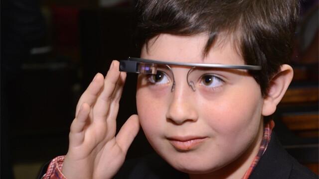 外媒:消费者和开发商兴趣消退 谷歌眼镜将死?