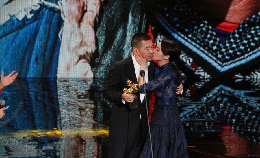...老公.台湾演员陈湘琪凭借《回光奏鸣曲》获得最佳女主角.