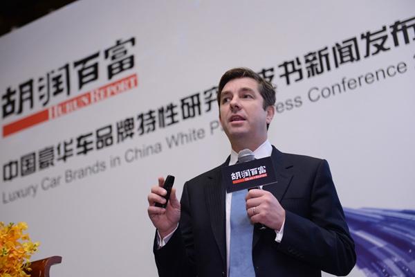 """""""中国的豪华车主好年轻"""" 胡润是怎么给中国豪车车主画像的?"""