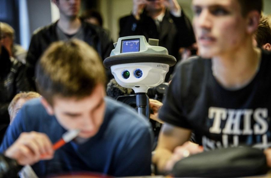 带你看当代最先进机器人:上天入地高速运算