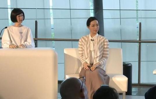 日本展示类人机器人 强大功能引发伦理思考