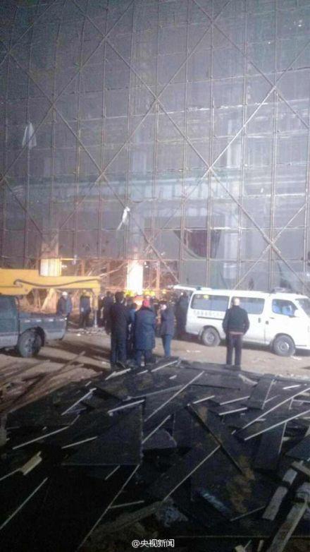 河北唐山一在建工地塌方 仍有6人被困